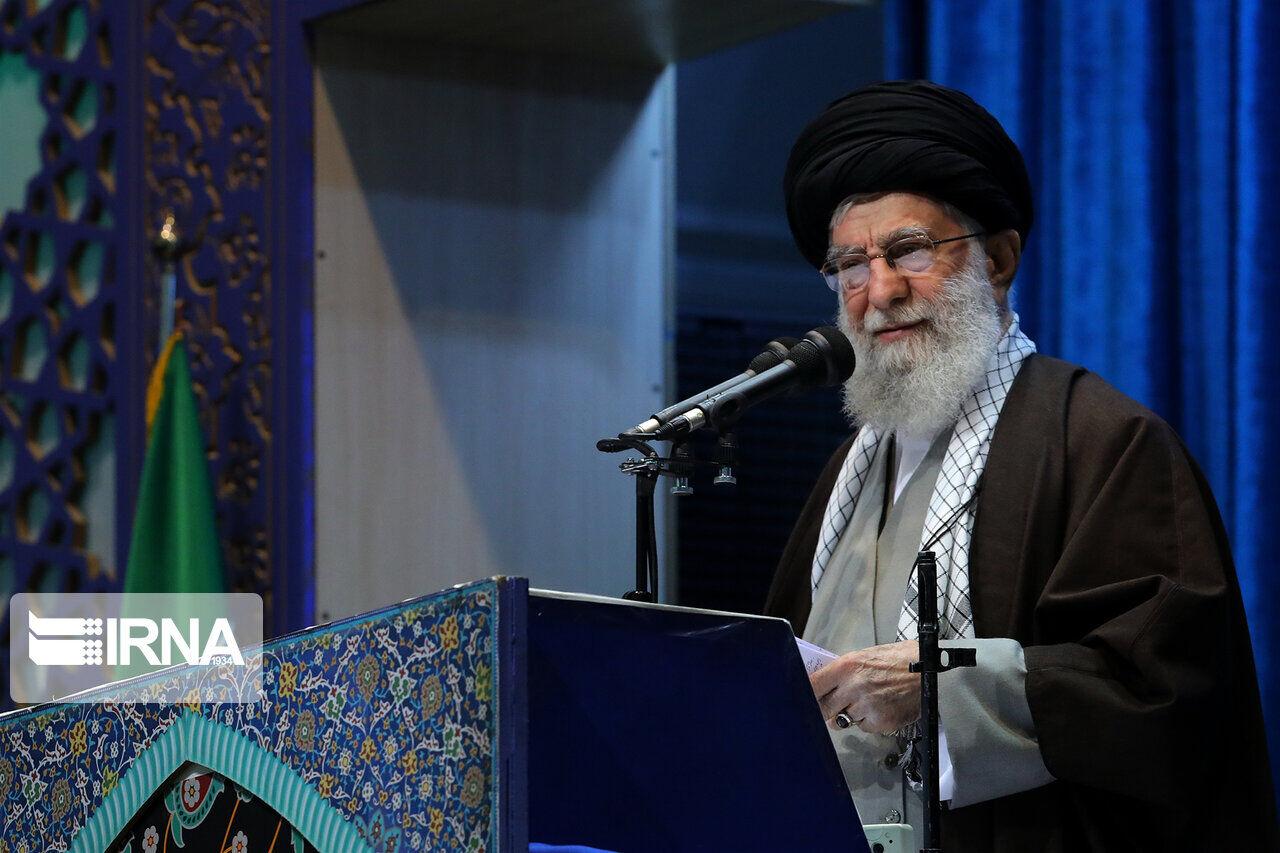 رهبر ایران: ابهاماتی در سقوط هواپیما در تهران وجود دارد