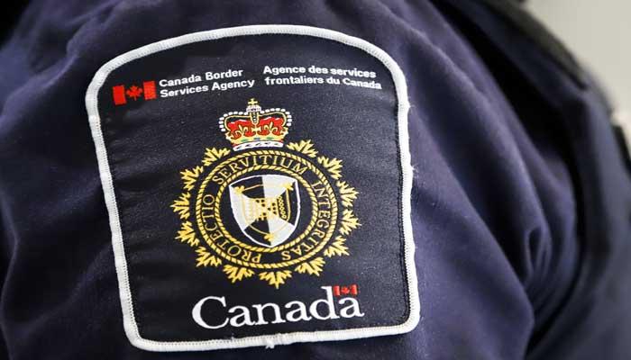 سه کلمبیایی به دلیل استفاده از پاسپورت جعلی برای ورود به کانادا، به زندان محکوم شدند