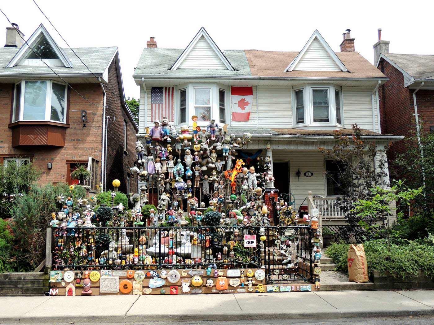 Tchotchke House