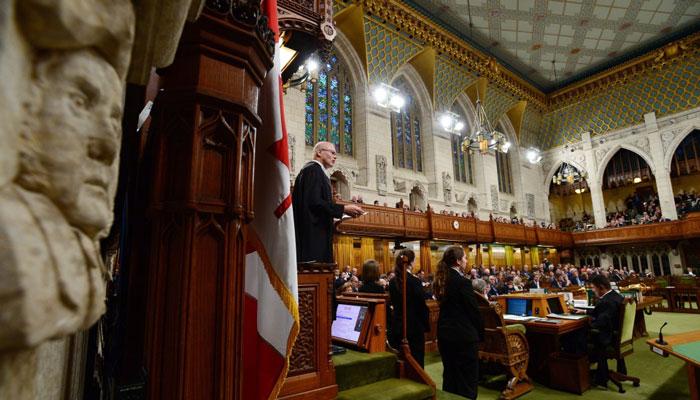 پارلمان کانادا در باره ۱۸۶ میلیارد دلار هزینه عمرانی دولت تحقیق و تفحص میکند