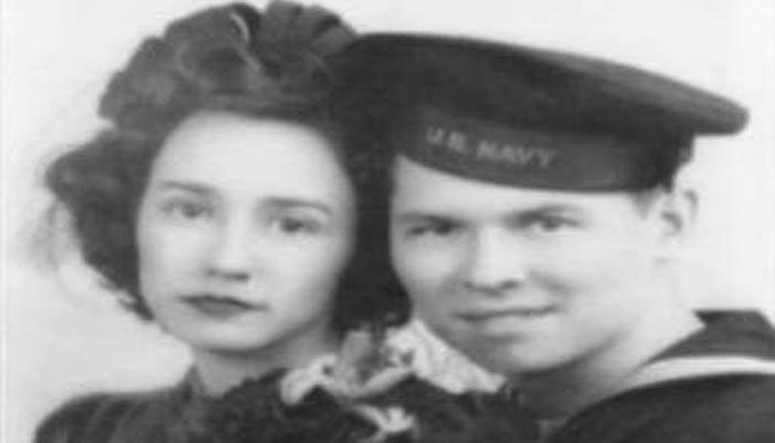 صدها نامه عاشقانه از جنگ جهانی دوم در یک اتاق زیرشیروانی کشف شد