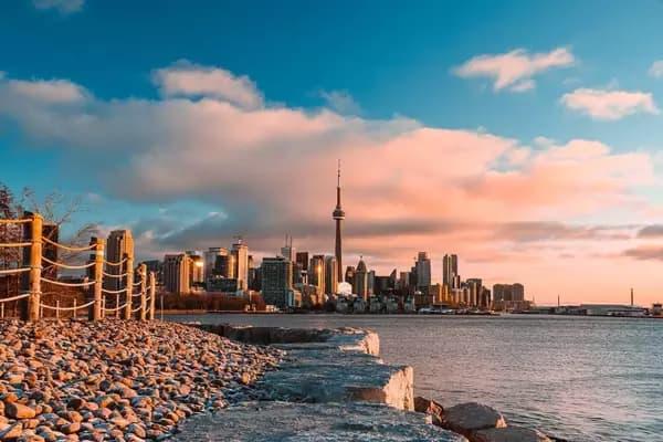 مژده - یک آخر هفته خیلی بهاری و آفتابی در تورنتو منتظر شماست