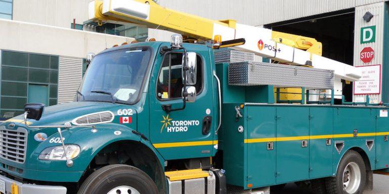 تورنتو هیدرو؛ مواظب کارمندان قلابی اداره آب و برق تورنتو باشید