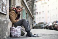 Photo of ۲۳۵ هزار نفر در کانادا بیخانمان و کارتنخواب هستند و این داستان زندگی چهار نفر از آنهاست