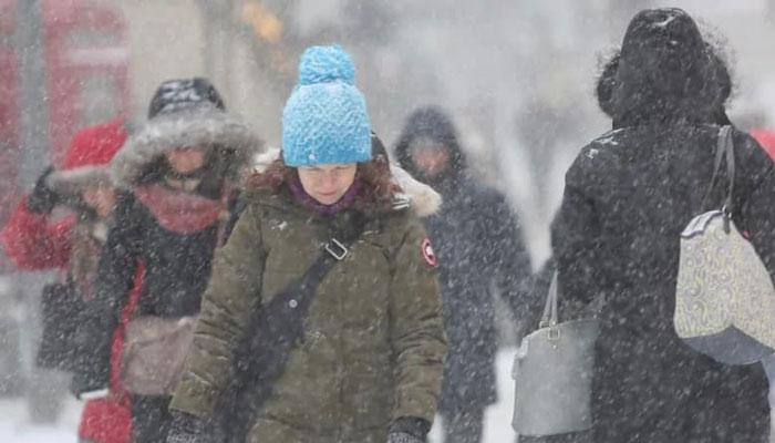 مردم تورنتو امروز را با منفی ۳۰ درجه شروع کردند، آخر هفته گرم میشود
