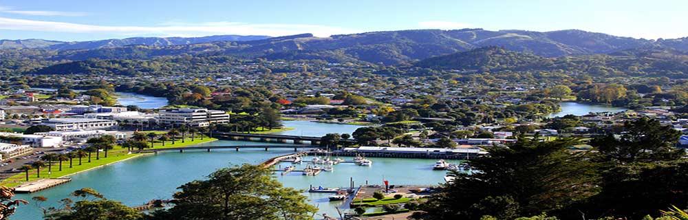 Gisborne شهریست در کرانه شرقی کشور نیوزیلند که ۳۵ هزار نفر جمعیت دارد