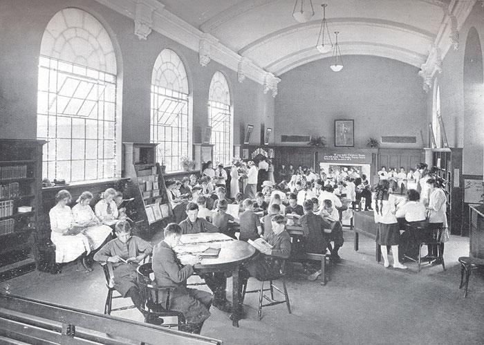 کتابخانه تورنتو - سال ۱۹۱۳