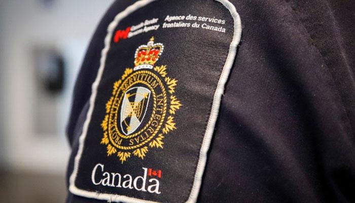 تست کرونای مامور مرزی کانادا در فرودگاه تورنتو مثبت اعلام شد