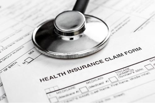 شرکت بیمه کانادا لایف، حق بیمه سلامت گروهی را کاهش میدهد