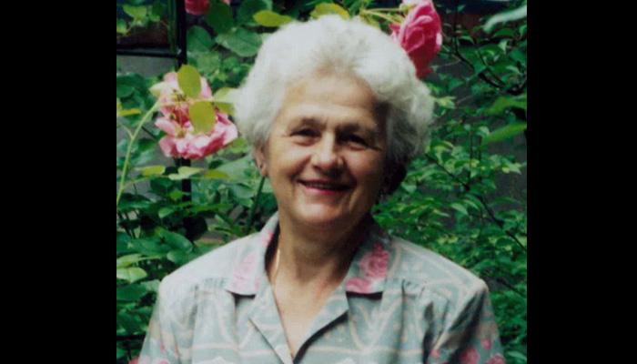 داستان زندگی زنی که با دو دختر کوچک و یک قابلمه لعابی قرمز به کانادا مهاجرت کرد