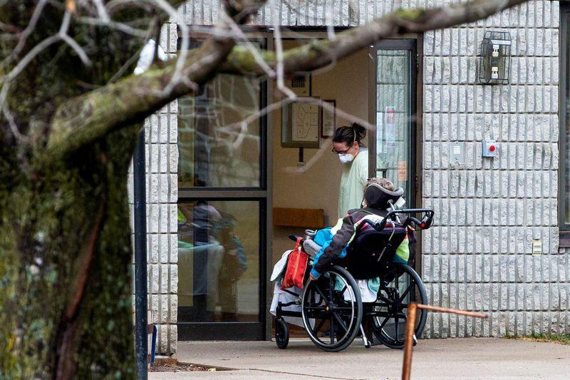 نیمی از قربانیان کرونا در کانادا، ساکنان آسایشگاههای سالمندان هستند
