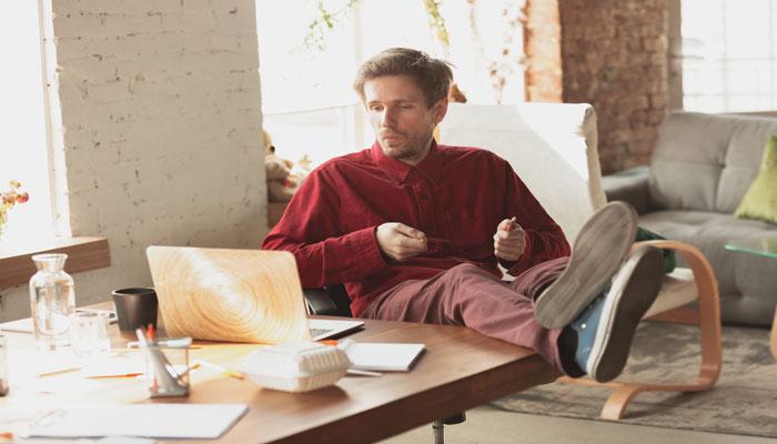 کسبوکارتان را با این ۸ روش موثر رونق بدهید حتی وقتی خانه هستید