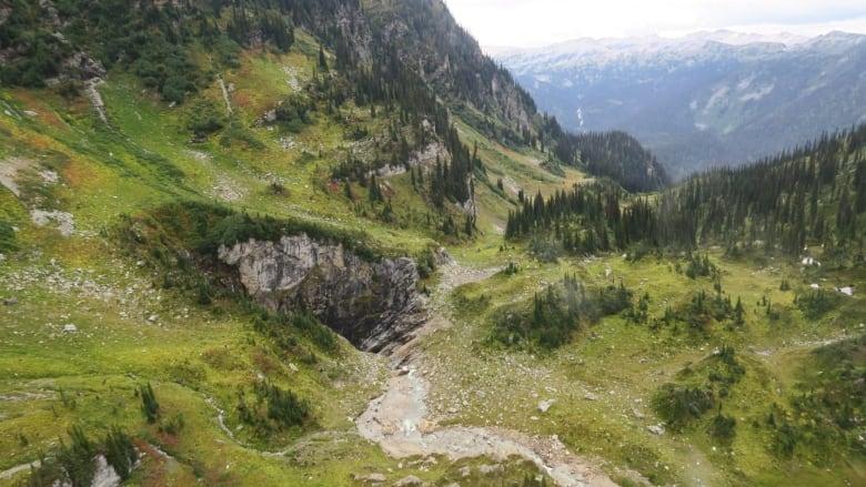 یکی از بزرگترین غارهای کانادا چندین دهه کشفنشده مانده بود