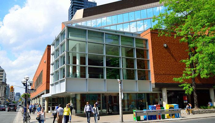 خدمات دیجیتالی که کتابخانههای تورنتو در این روزهای کرونائی به شما میدهند
