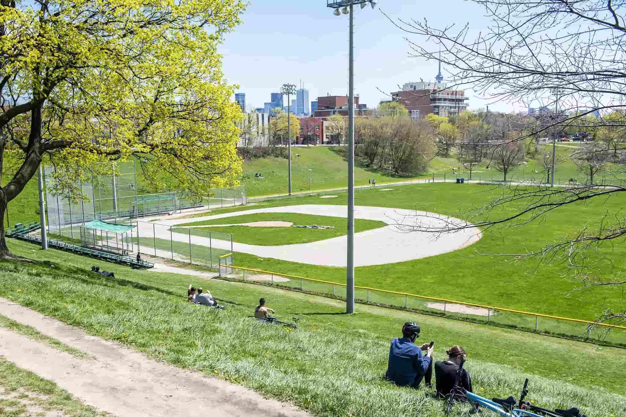 بسیاری از امکانات پارکهای تورنتو از این هفته دوباره باز میشود