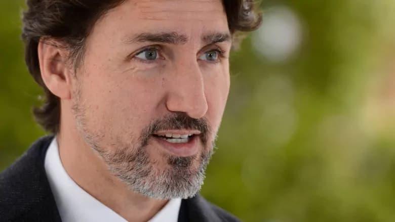 نخست وزیر کانادا ۱۵۰۰ سلاح مرگبار را از امروز در کانادا ممنوع اعلام کرد