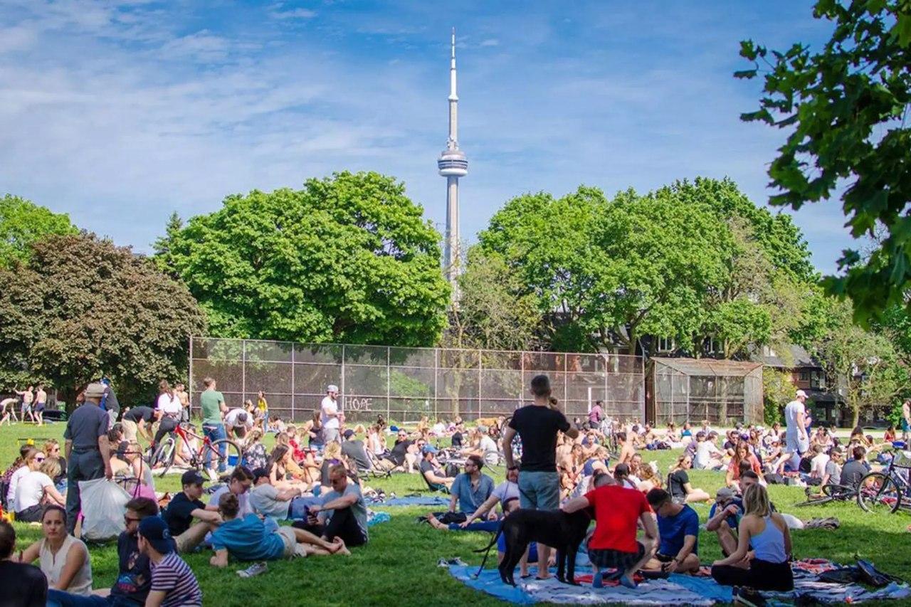 آیا واقعا کرونا در تورنتو تمام شده است؟ آبروریزی بزرگ روز شنبه در بزرگترین شهر کانادا