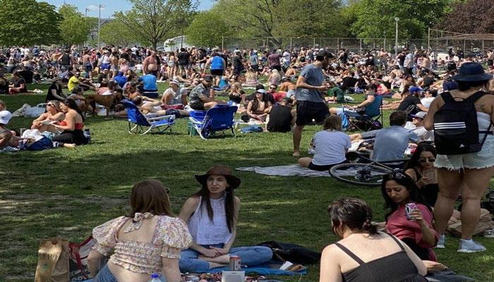 Photo of آیا واقعا کرونا در تورنتو تمام شده است؟ آبروریزی بزرگ روز شنبه در بزرگترین شهر کانادا