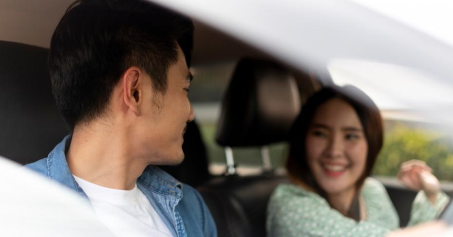 مردان در کانادا بیشتر از زنان بابت بیمه خودرو پرداخت میکنند