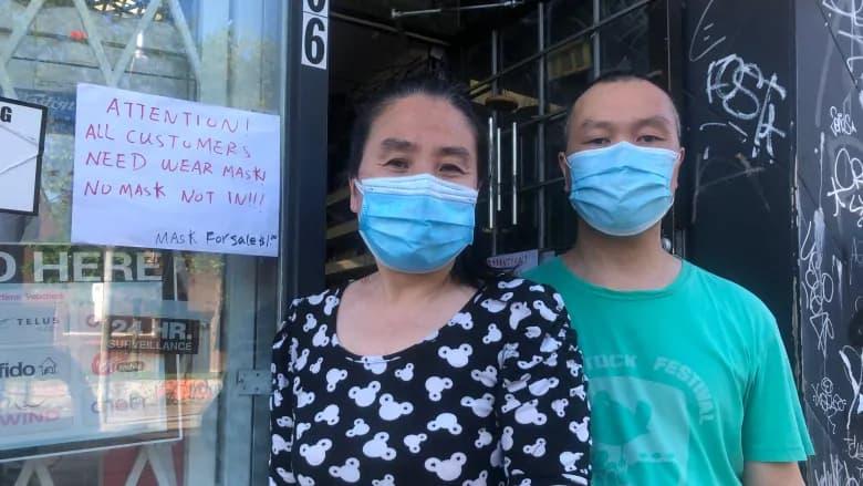 زن و شوهر آسیائی صاحب مغازه در تورنتو را برای اینکه ماسک نزنند کتک زدند
