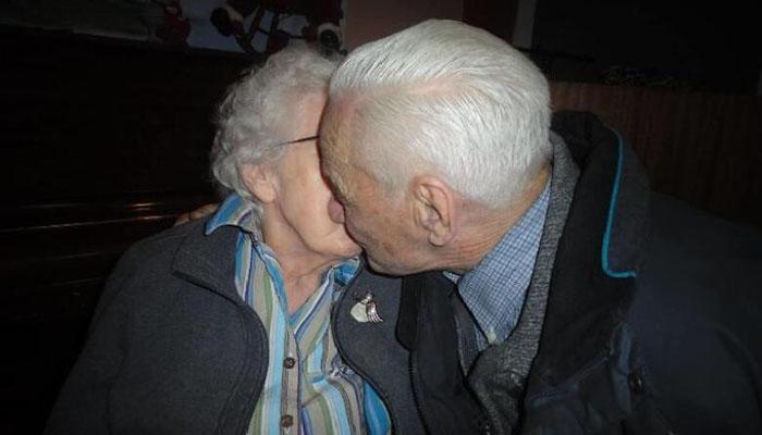 Photo of عشق در سالهای کرونا؛ یک احساس، دو نسل و دو روایت