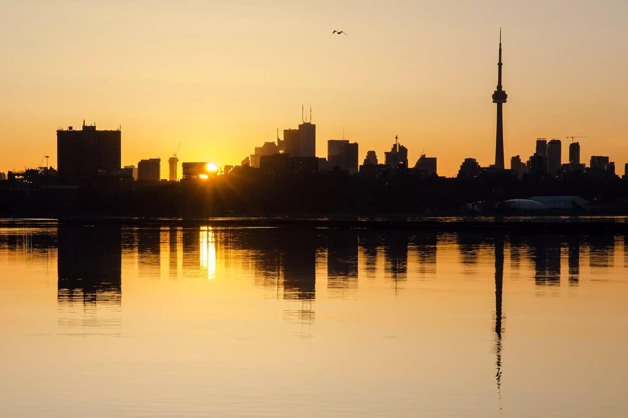 ورود موج گرما به تورنتو؛ دمای هوا این هفته به ۳۵ درجه میرسد