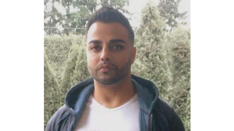 فاروق سادات ۳۷ ساله در تیراندازی بیرون یک نانوائی در تورنتو کشته شد