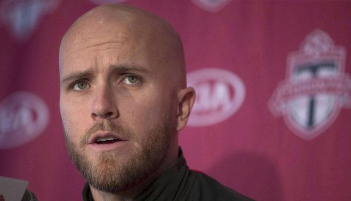 انتقاد تند کاپیتان آمریکائی تیم فوتبال تورنتو از ترامپ: او فاقد اخلاقیات است