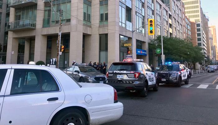 تنش در تظاهرات معترضان در مقابل محل اقامت شهردار تورنتو