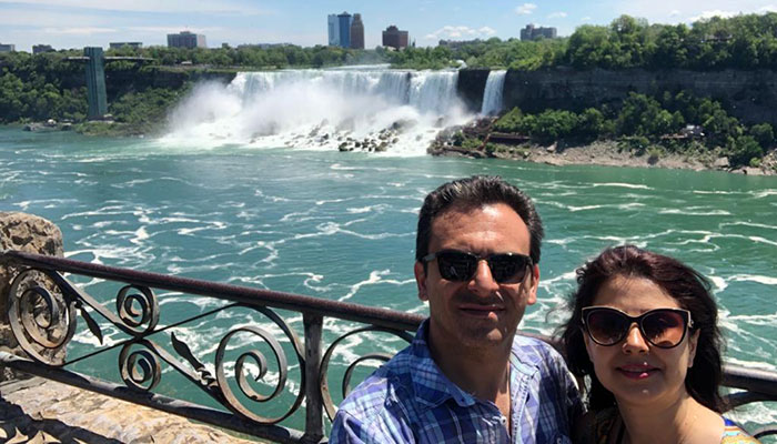 Photo of کامیار در ایران و پانتهآ در کانادا؛ زوج ایرانی که کرونا آنها را از هم دور کرده است