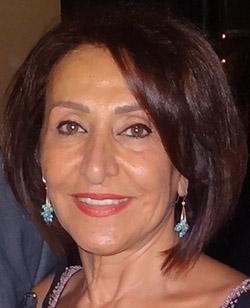 پروانه میثاقی؛ سرپرست کلاسهای فارسی مدرسه تورنلی