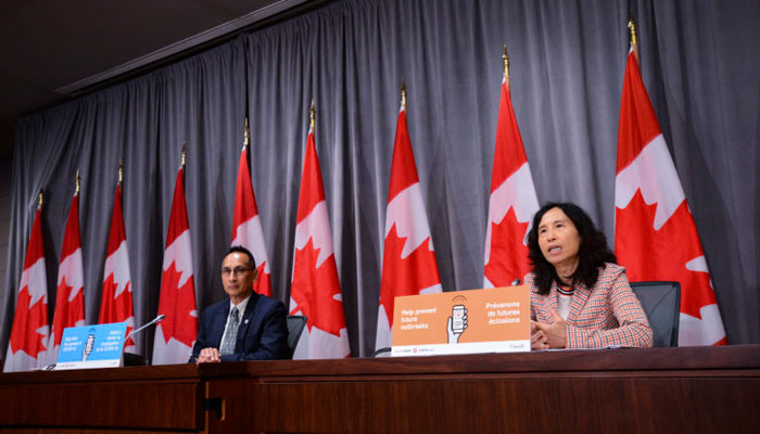 Photo of مقام ارشد بهداشت کانادا: واکسن کرونا معجزه نمیکند، این شرایط ممکن است چند سال ادامه یابد
