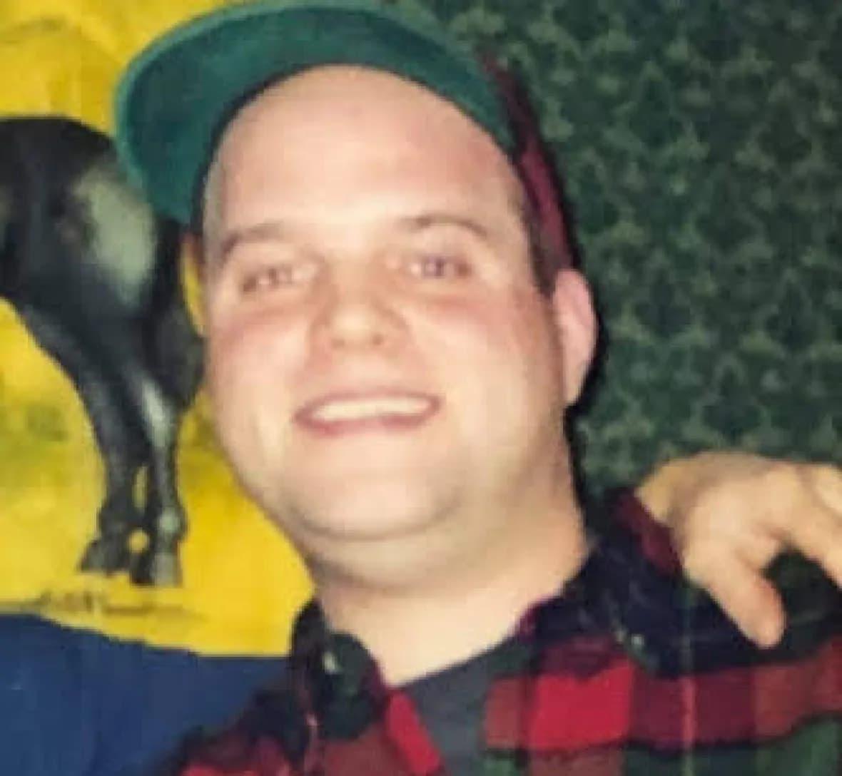 Mitch Lapa عامل تیراندازی پس از حادثه خودکشی کرد