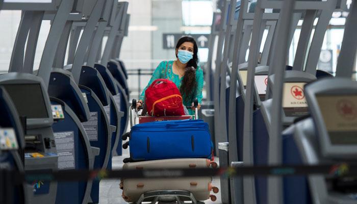 داگ فورد: تست سریع را جایگزین قرنطینه ۱۴ روزه مسافران بینالمللی کنید