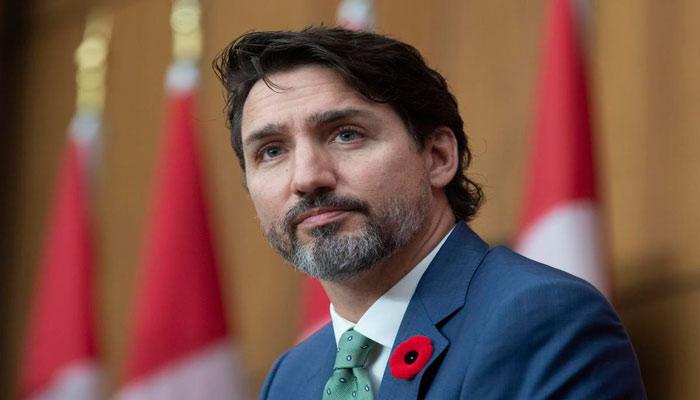 Photo of استقبال نخست وزیر کانادا از اعلام خبر موفقیت ۹۰ درصدی واکسن کرونای فایزر