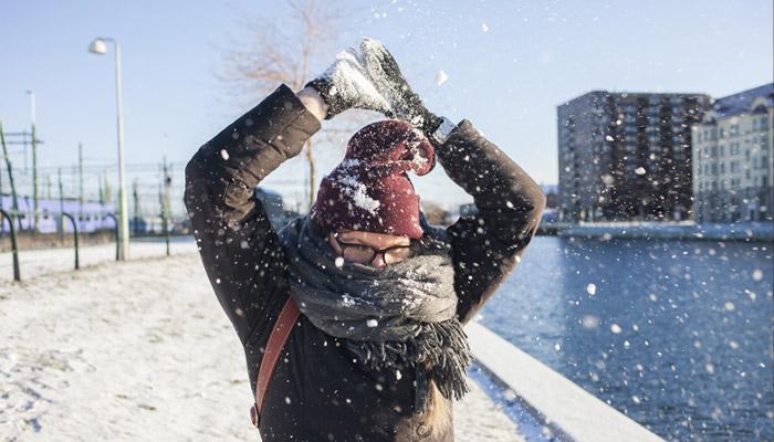 گزارش تصویری آتش از پوشش سفید برف در نخستین روز ماه دسامبر در تورنتو