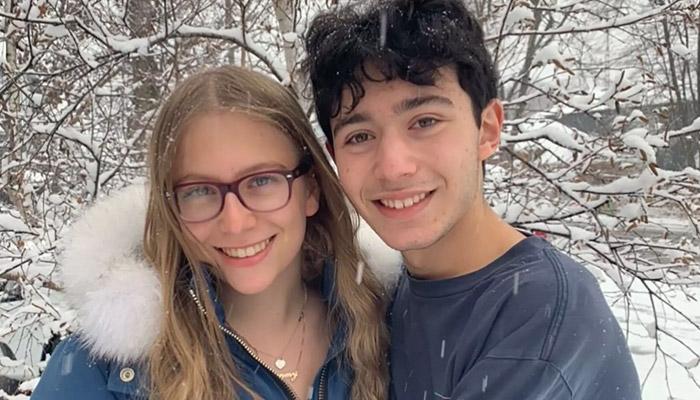 بیزینس آنلاین دختر و پسر ۱۶ ساله در تورنتو برای فروش جعبههای شکلات در اینستاگرام