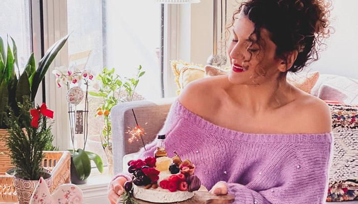 بیزینس خوشمزه چیزمیز را یاسمینا دختر ایرانی در تورنتو راه انداخته است