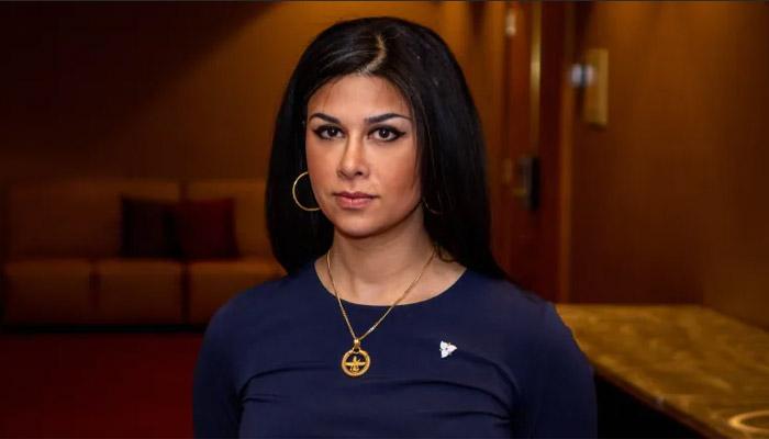 لایسنس وکالت خانم گلسا قمری نماینده ایرانی - کانادائی پارلمان انتاریو معلق شد؛ گزارش آتش
