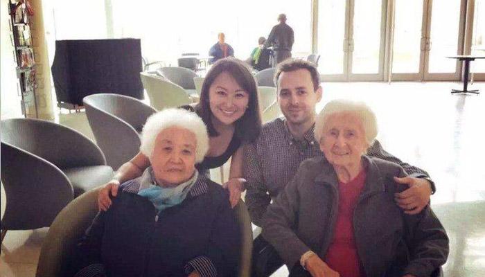 یک بازی کارتی به یاد همه مادربزرگها؛ ابتکار بیزینسی یک زن مهاجر چینی و همسر کانادائیاش