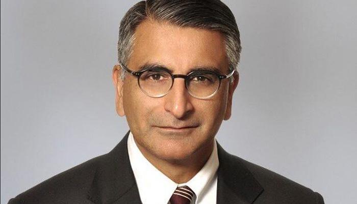 محمود جمال؛ نخستین رنگین پوست که نامزد عضویت در دادگاه عالی کانادا شده؛ همسر او ایرانی است