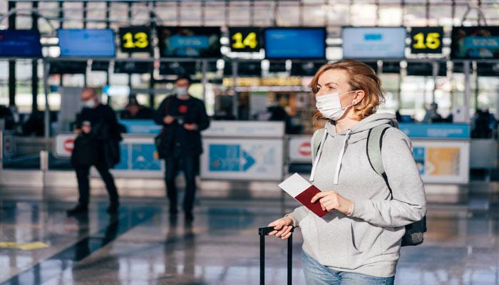 واکسن کامل را دریافت کردهاید و دارید چمدانهای خود را برای سفر میبندید؛ هنوز مقرراتی هست که باید از آنها باخبر باشید